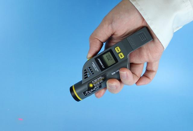 【赤外線温度計】温度/湿度データロガー